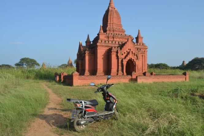 2019-11-myanmar-bagan-templos-random-4