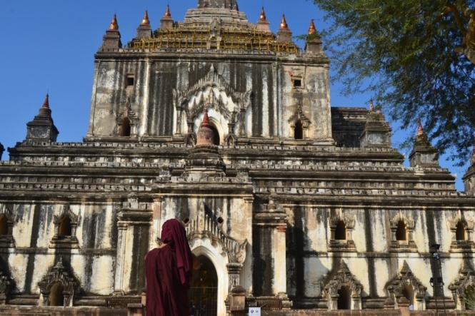 2019-11-myanmar-bagan-thatbyinnyu-paya-2