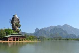 Hpa-An - Kyauk Ka Lat Pagoda