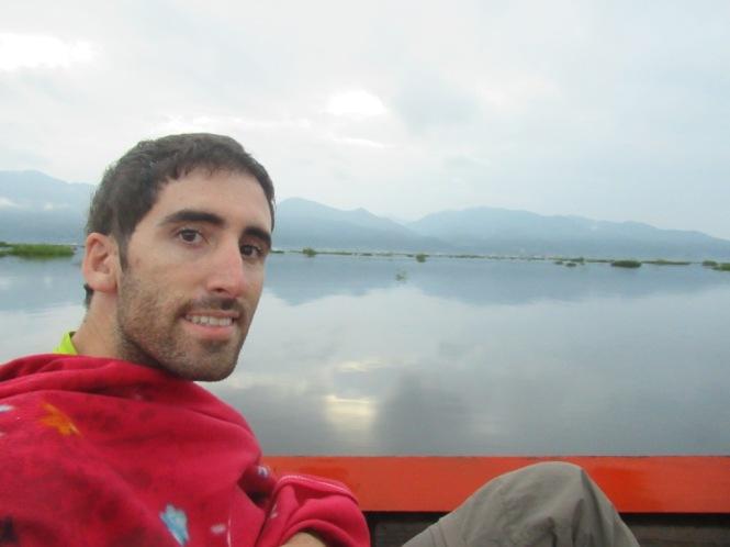 2019-11-myanmar-lago-inle-tour-barca-05-amanecer