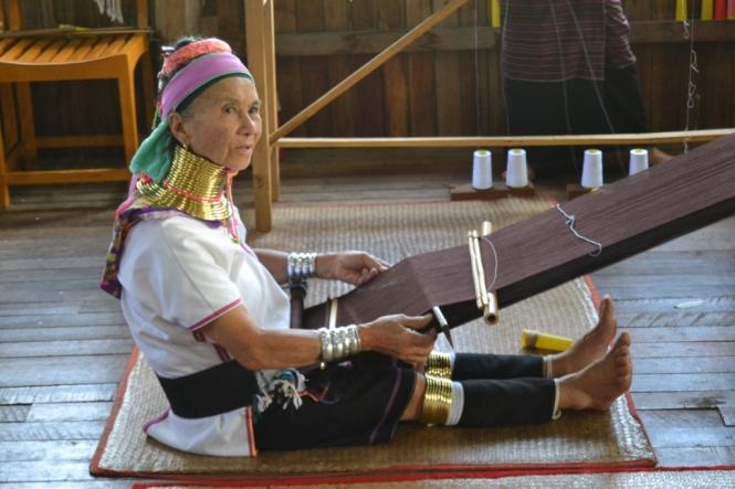 2019-11-myanmar-lago-inle-tour-barca-46-ka-yan