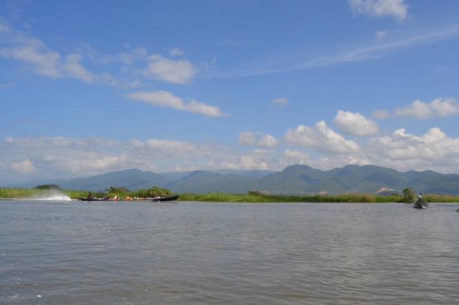 2019-11-myanmar-lago-inle-tour-barca-51