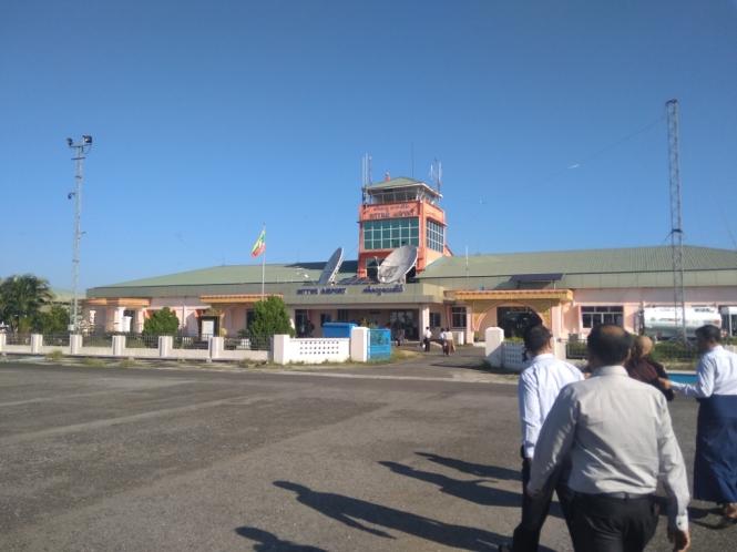 2019-11-myanmar-Mrauk-u-aeropuerto-sittwe-1