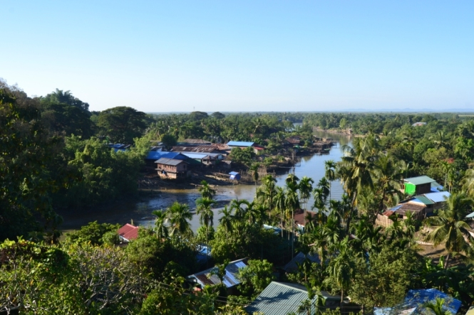 2019-11-myanmar-Mrauk-U-bur-bu-taung-1