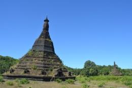 Mrauk U - Laung Bwann Brauk Pagoda