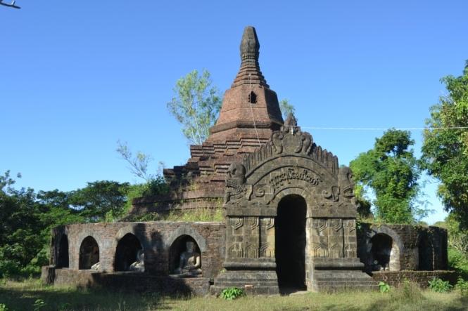 2019-11-myanmar-Mrauk-U-phaya-oak-paya