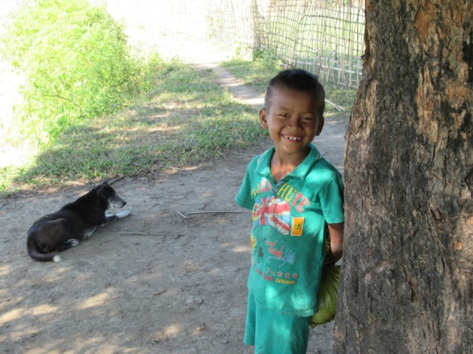 2019-11-myanmar-Mrauk-U-poblados-chin-alay-yar-2