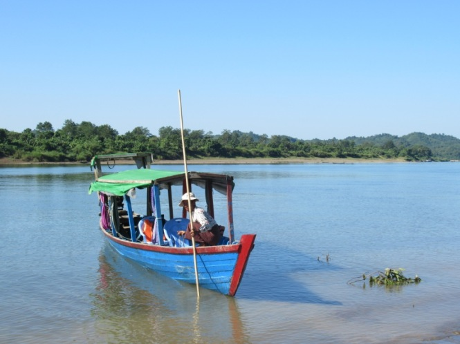2019-11-myanmar-Mrauk-U-poblados-chin-pan-barca-rio-lemro-9