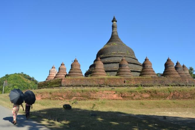 2019-11-myanmar-Mrauk-U-ratanabon-pagoda-6