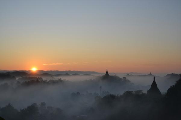 2019-11-myanmar-Mrauk-U-shin-mrawa-amanecer-4