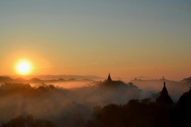 2019-11-myanmar-Mrauk-U-shin-mrawa-amanecer-7