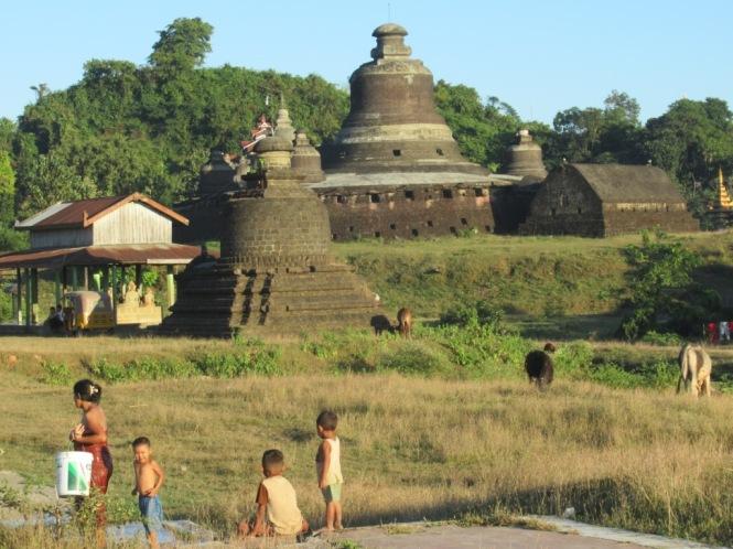 2019-11-myanmar-Mrauk-U-vida-rural-3