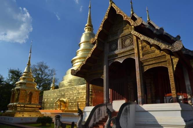 2019-11-tailandia-chiang-mai-wat-phra-singh-1
