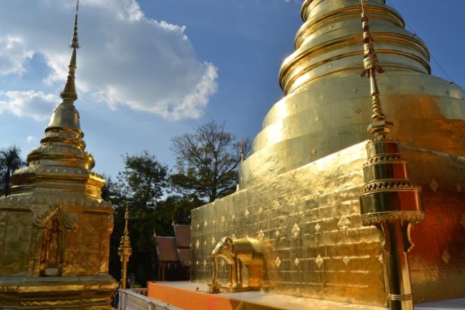 2019-11-tailandia-chiang-mai-wat-phra-singh-2