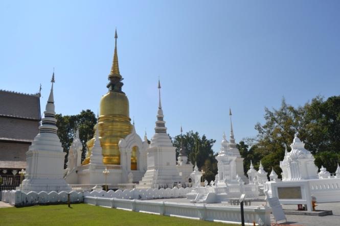 2019-11-tailandia-chiang-mai-wat-suan-dok-1