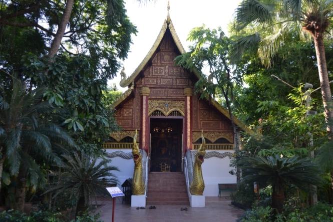 2019-11-tailandia-chiang-rai-wat-phra-kaew-1