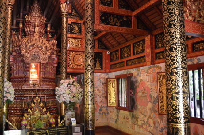 2019-11-tailandia-chiang-rai-wat-phra-singh-2