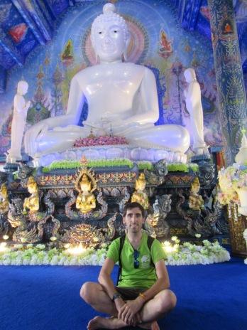 2019-11-tailandia-chiang-rai-wat-rong-suea-ten-7