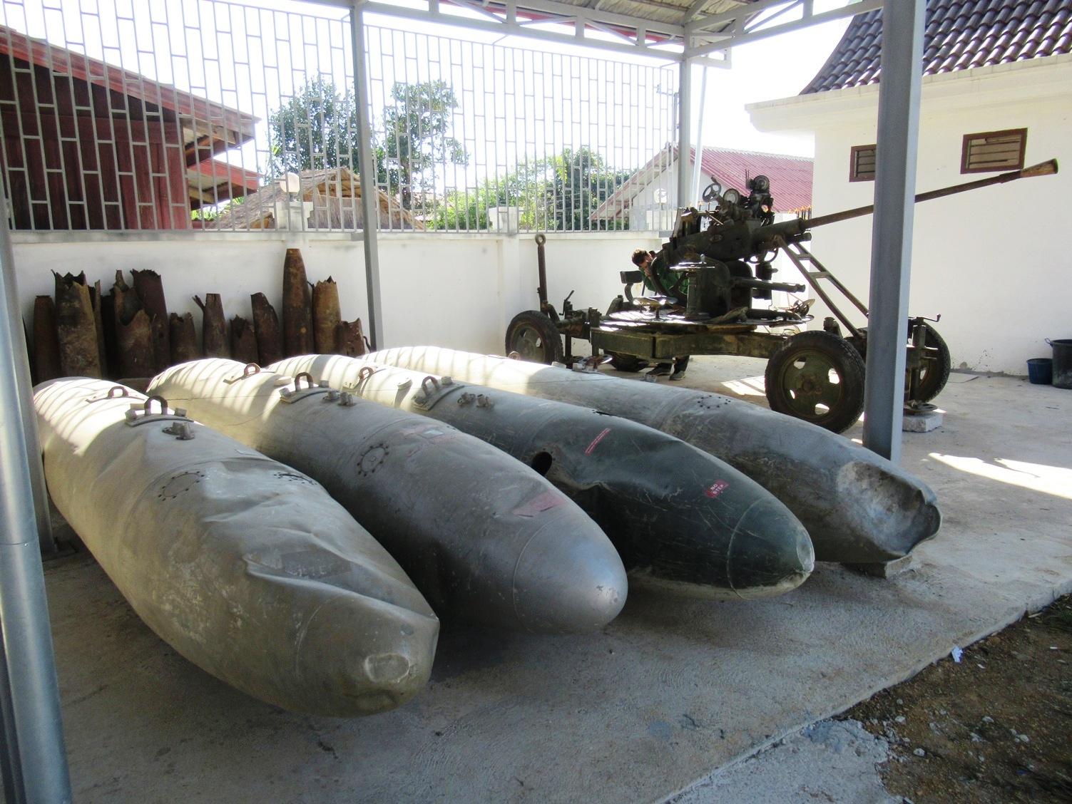 2019-12-laos-luang-phonsavan-xieng-khouang-centro-interpretacion-bombas-8