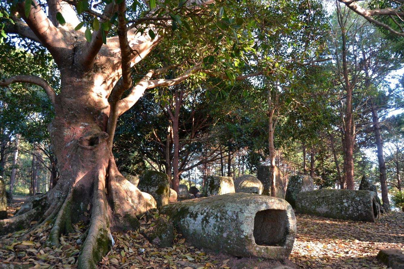 2019-12-laos-luang-phonsavan-xieng-khouang-plain-of-jars-sitio-3-03