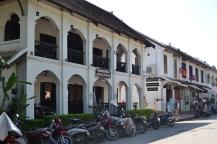 2019-12-laos-luang-prabang-edificios-coloniales-3