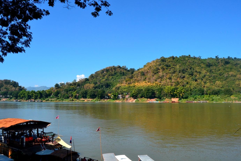 2019-12-laos-luang-prabang-rio-mekong