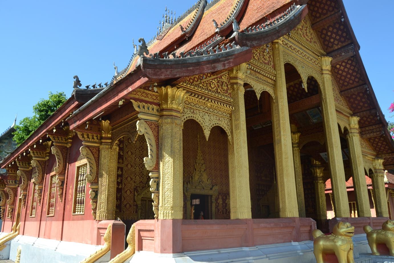 2019-12-laos-luang-prabang-vat-sene-souk-haram-2