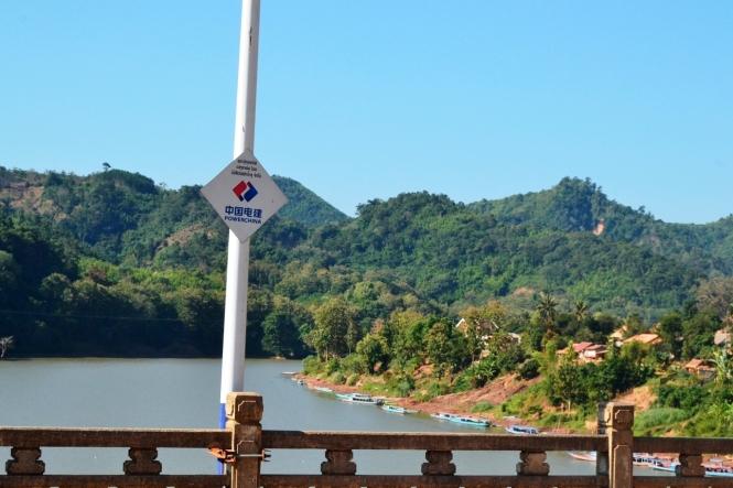 2019-12-laos-nong-khiaw-pueblo-puente-1