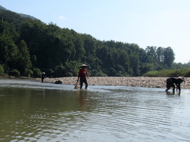 2019-12-laos-nong-khiaw-ruta-rio-nam-ou-18-kayak