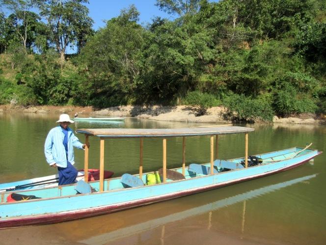 2019-12-laos-nong-khiaw-ruta-rio-nam-ou-20-barca