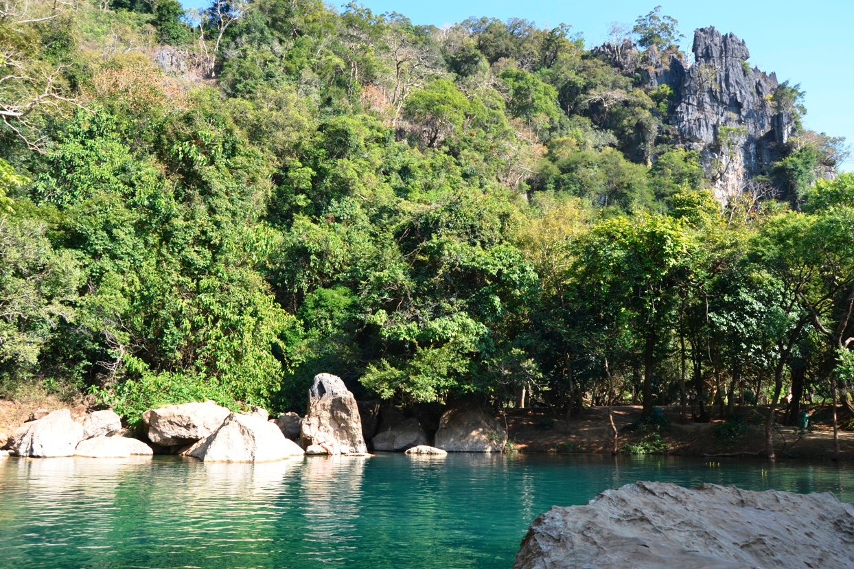 2019-12-laos-thakhek-loop-dia-2-20-cool-pool